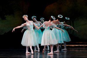 the-australian-ballet-la-sylphide-2013
