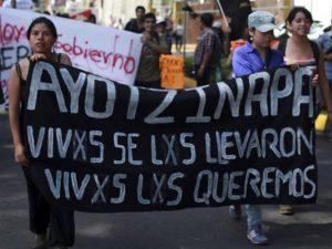 Marcha por los 43 normalistas desaparecidos. Fuente: Contacto Hoy.