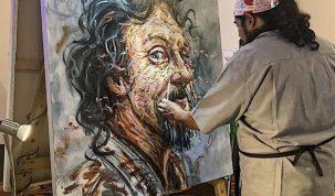 El artista Jose Luis Malo en su taller