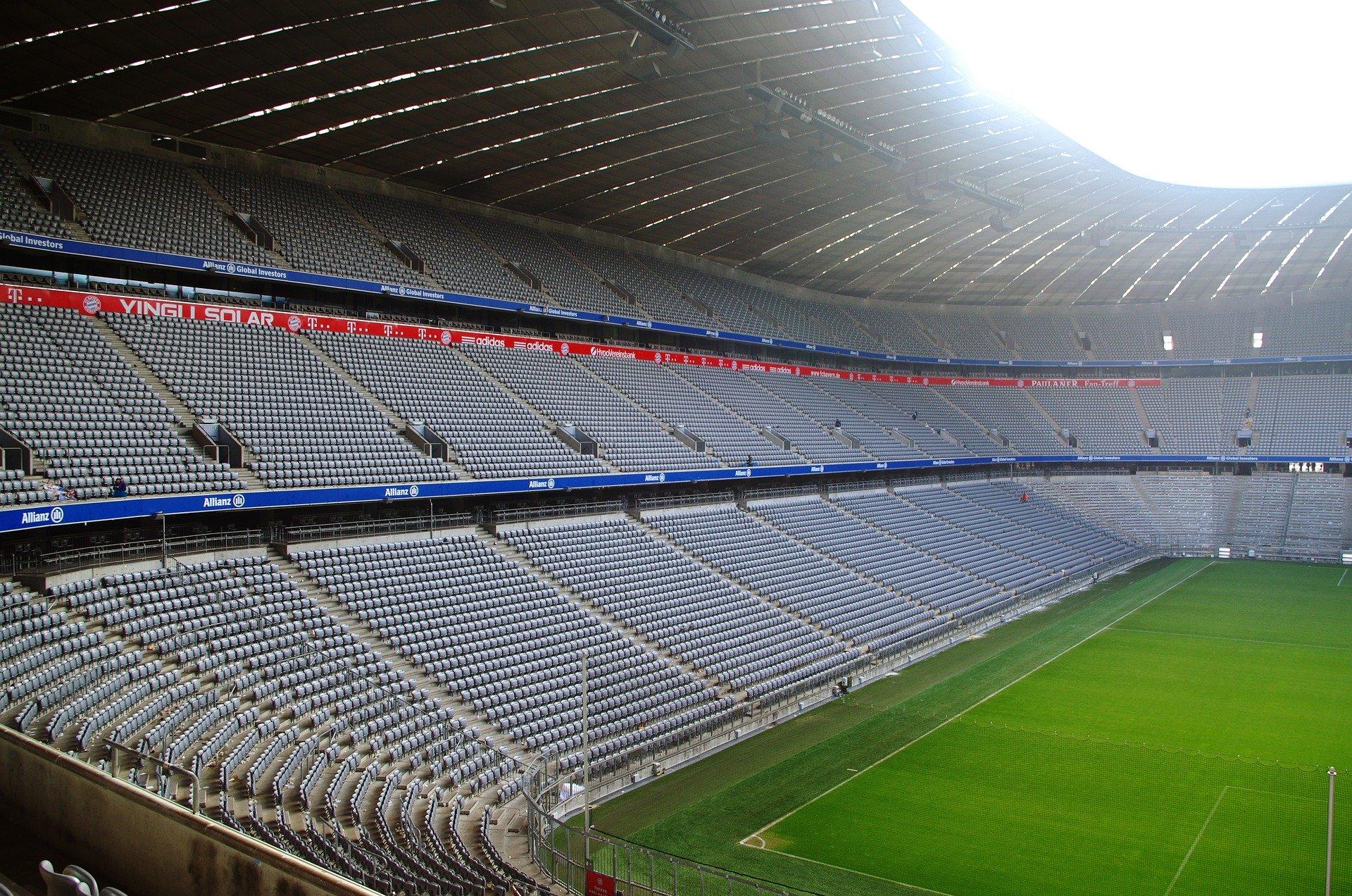 La Bundesliga vuelve a jugar en estadios vacíos. ©Jan Blanke (Pixabay)