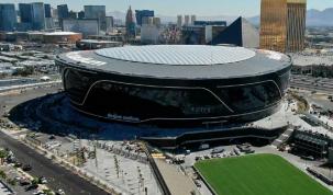 Los Raiders inauguran victoriosos su estadio en Las Vegas